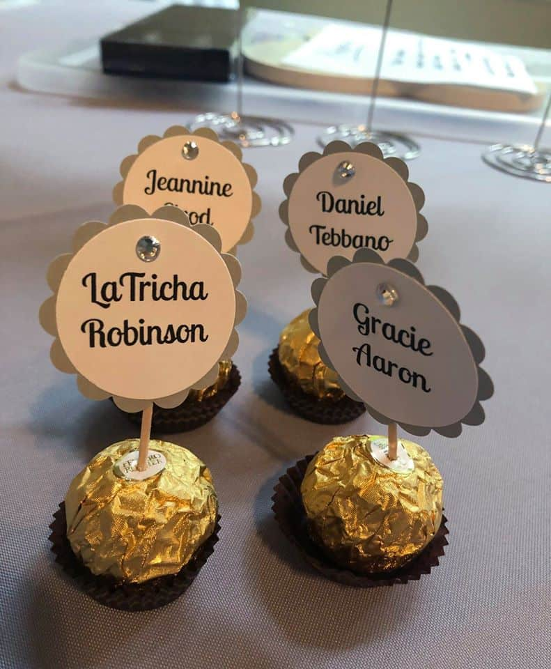 Chocolate Candies as a favor as well as a table card with wedding guest names